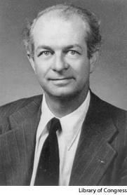 Linus Pauling bewees in de jaren '70 al de rol van voeding bij kanker. Hij toonde aan dat mensen met kanker langer leven als zij een hoge dosering vitamine C aan de voeding toevoegen. Jeanine Slot benadrukt in haar lezingen over voeding bij kanker het belang van vitamine C. Jeanine Slot is orthomoleculair therapeut, gevestigd in Nieuwegein, gespecialiseerd in het geven van adviezen over voeding bij kanker.