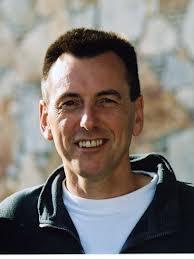 Gerry Potter ontdekte het belang van salvestrolen in de voeding bij kanker. Potter is afkomstig uit het reguliere onderzoek naar medicijnen tegen kanker.