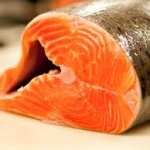 Astaxanthine voorkomt dikke darmkanker en remt borstkanker. Astaxanthine is een stof in rood gekleurd zeevoedsel zoals zalm, kreeft, krab en garnalen.
